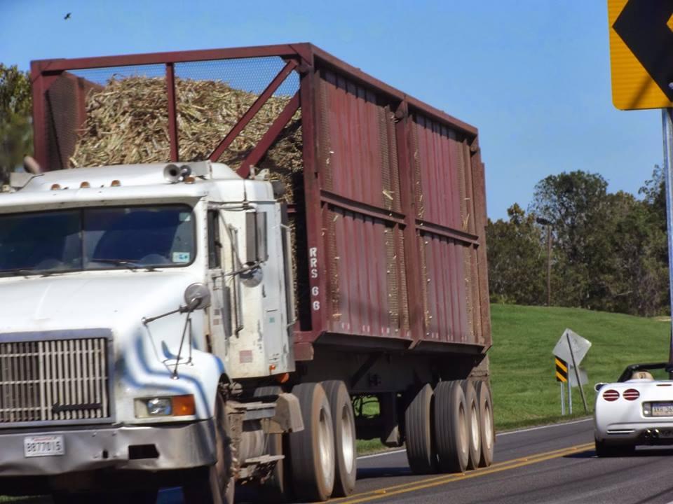 Sugar Cane Truck Crash on US 90 | KWBJ TV 22